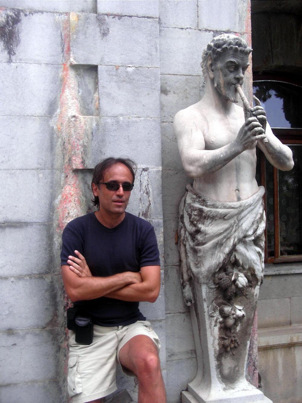 Vaš reporter pored Pana, ispred Masandrovskog dvorca