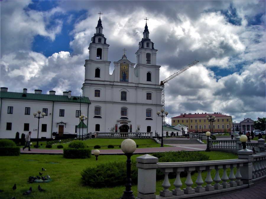Minsk je preživeo stravična razaranja od nacista i ovo je zapravo, sve replika starog, ali nema veze