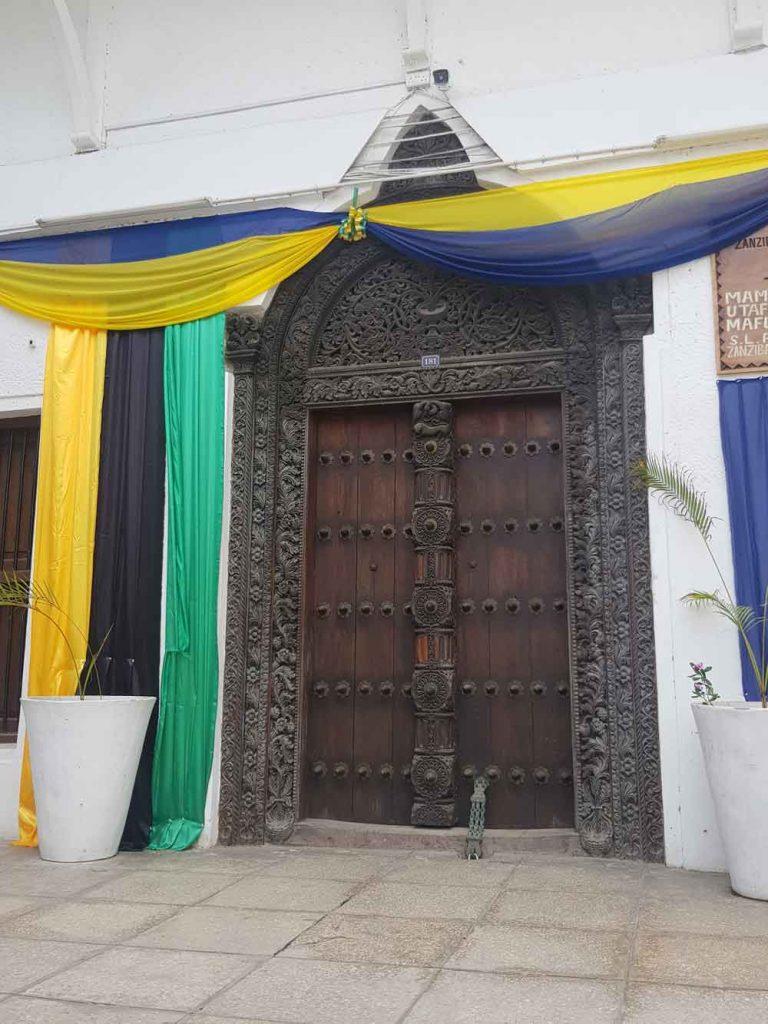 OD 2000, NA UNESCO LISTI SVETSKE BAŠTINE: Bogato ukrašena vrata u Stoun Taunu