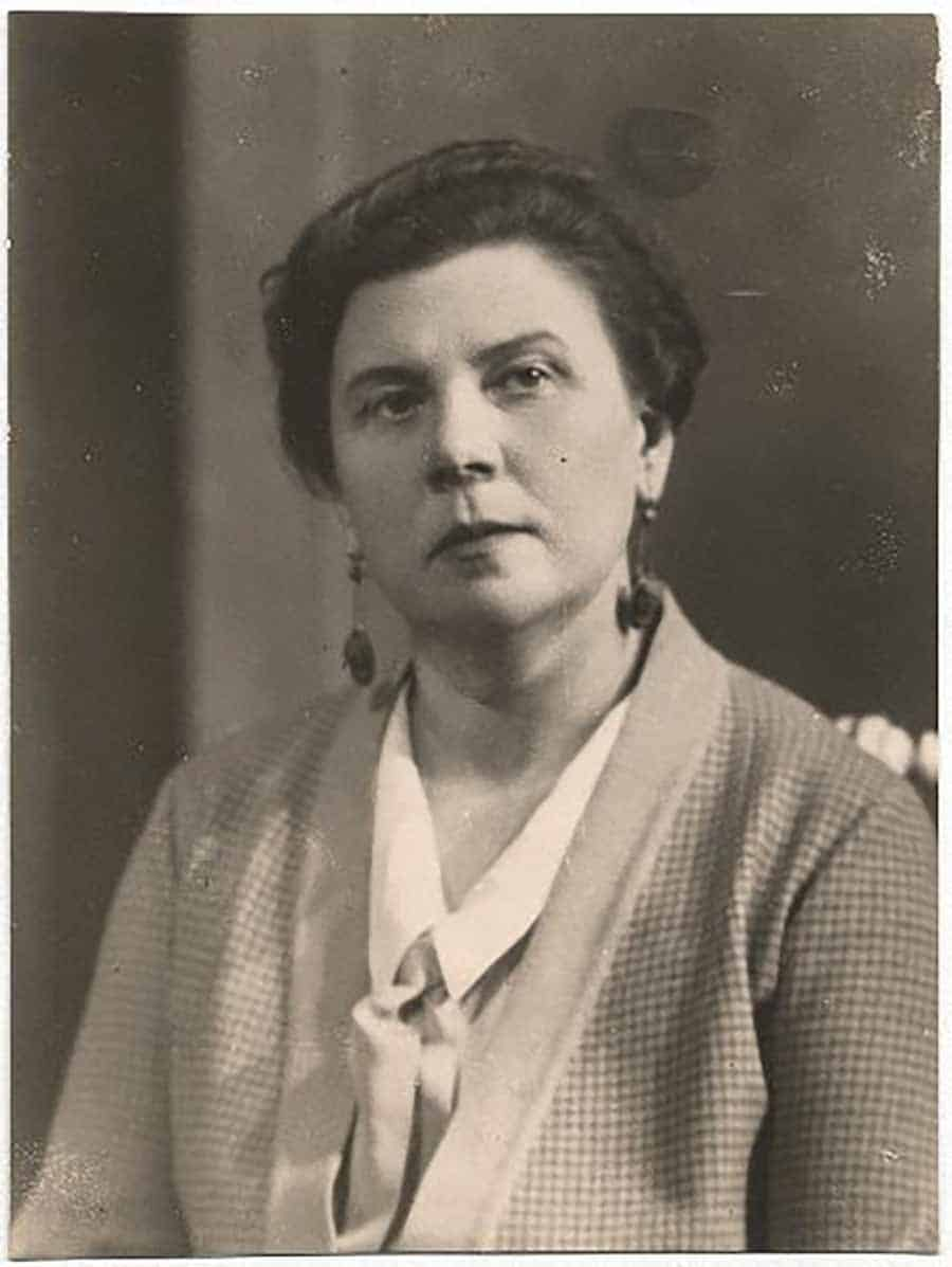 GLORIOUS CAREER AND CRUEL DEATH: Emīlija Benjamiņa