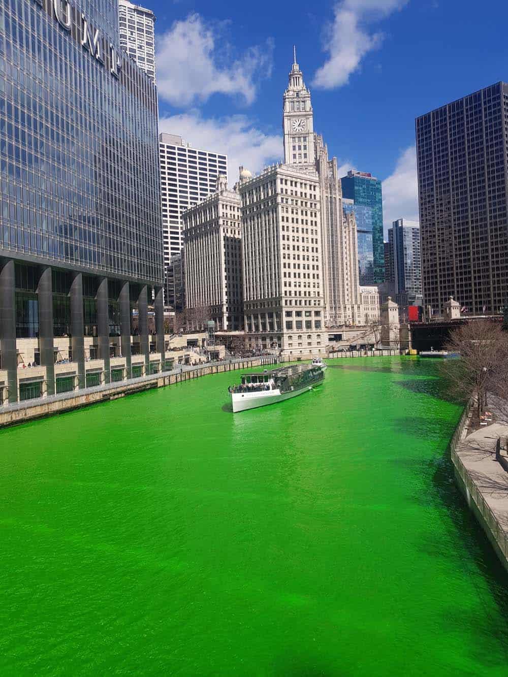 Ökologisch gefärbter Fluss: Chicago am St. Patrick's Day