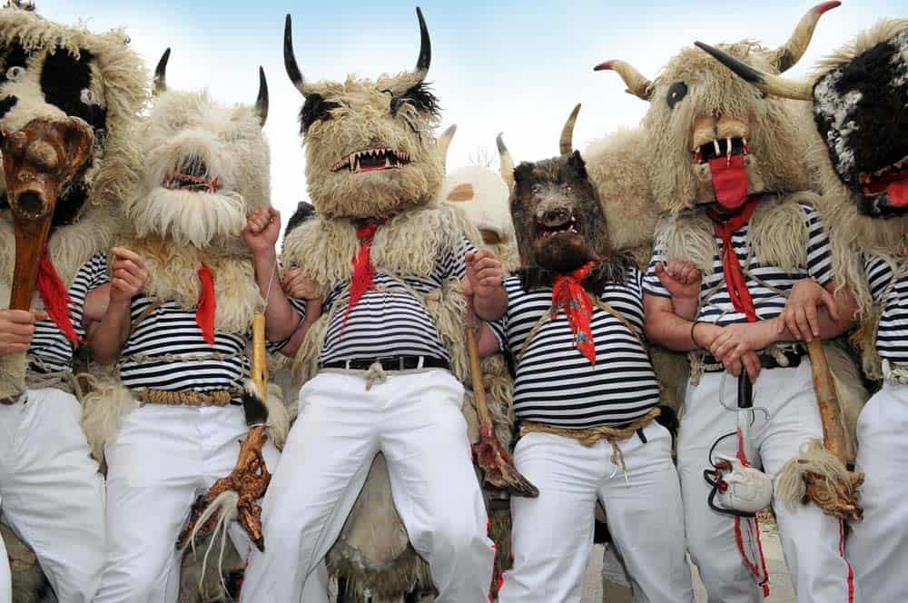Halubajski zvončari rasteruju zle duhove na kraju Karnevala