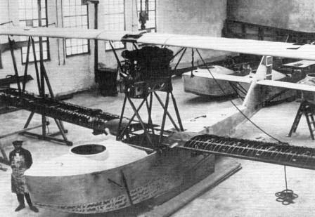 "Montaža hidroplana ""Ikarus IO"" u Novom Sadu 1927."