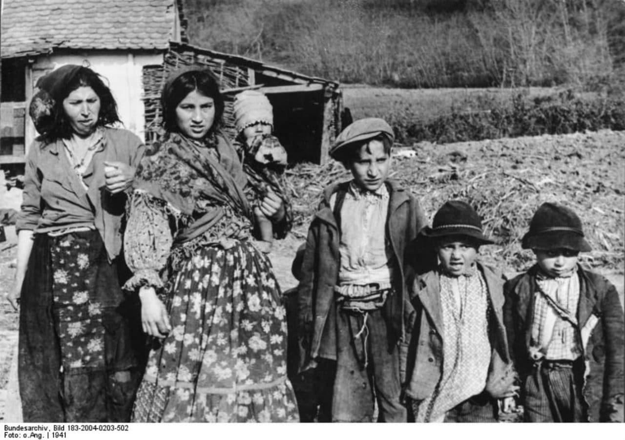 Romi su u NDH zajedno sa Srbima, Jevrejima i komunistima - masovno završavali u koncentracionim logorima