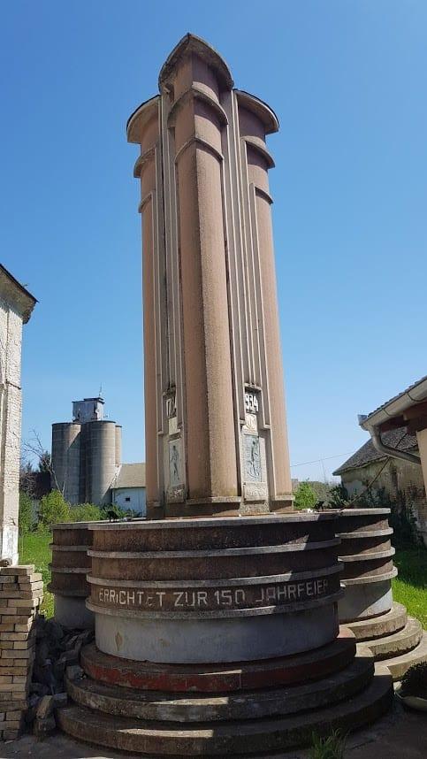 """150 GODINA: Spomenik ispred """"švapske crkve"""" iz 1934."""