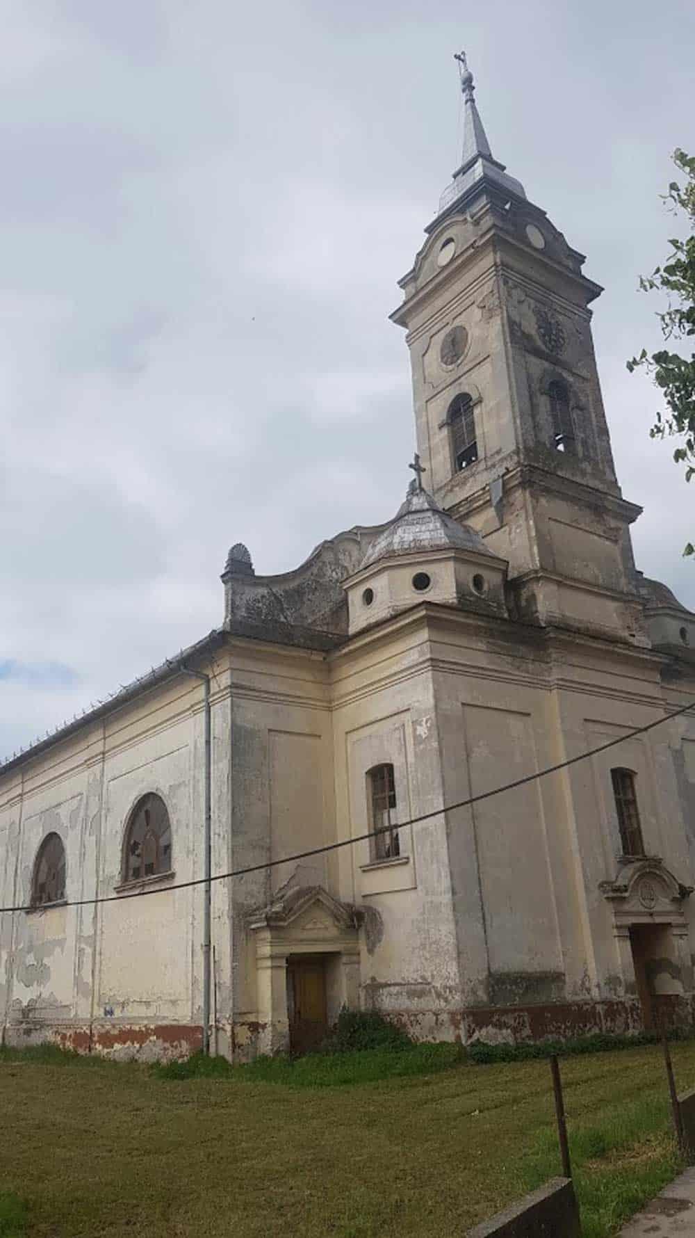 Crkva Sv. Martina u Karavukovu