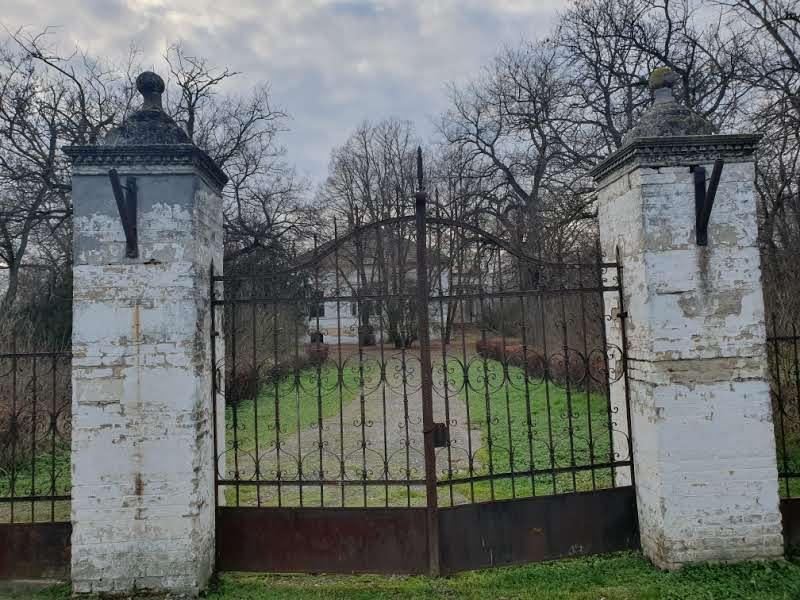 Pamti slavnu prošlost i čeka bolje dane: Dvorac Sokolac