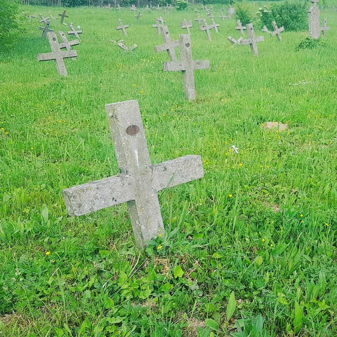 45 krstova za francuske vojnike umrle od Španske groznice