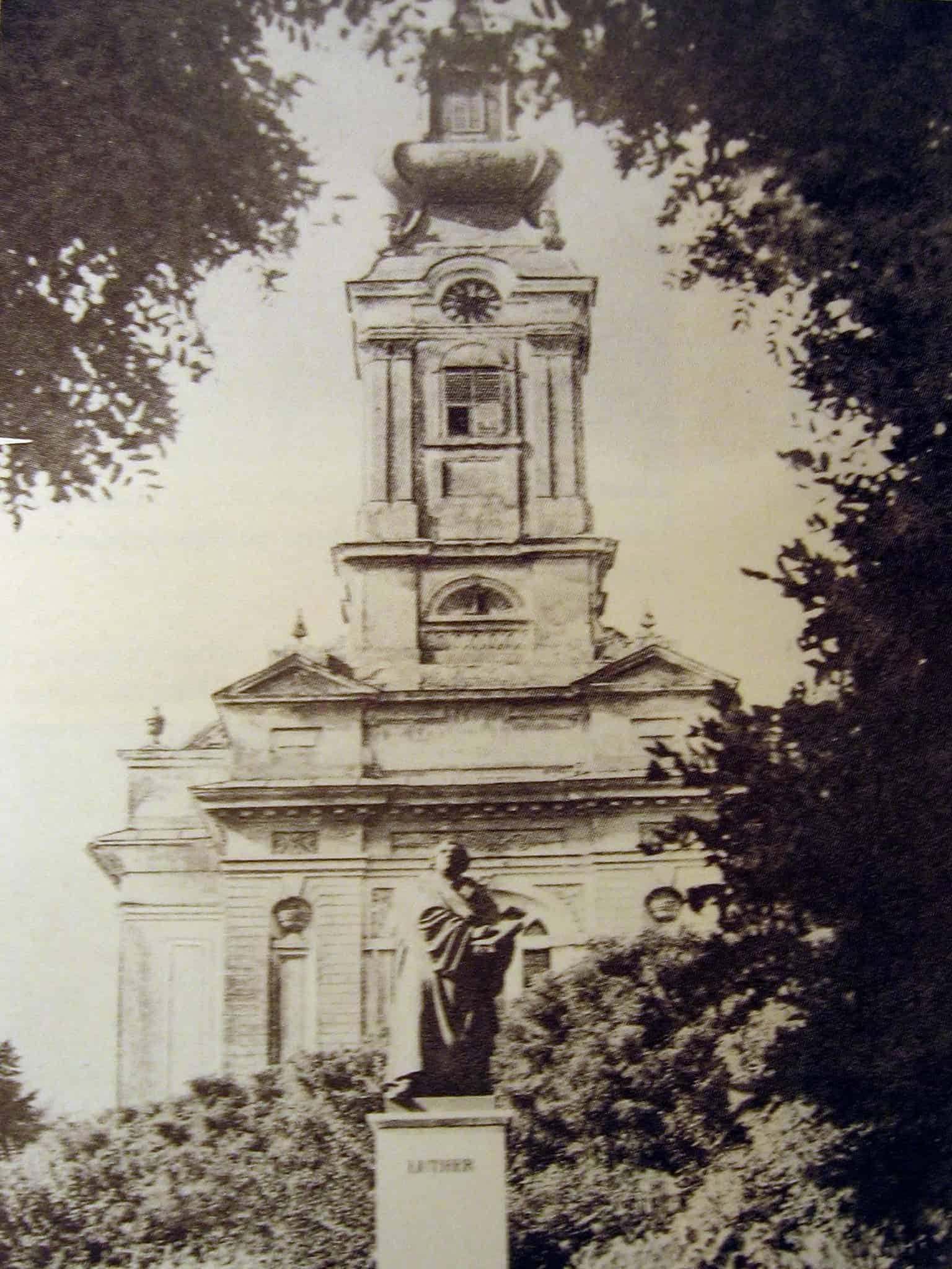 Planovi za povratak: Spomenik Martinu Luteru u Vrbasu, oboren i pretopljen posle rata