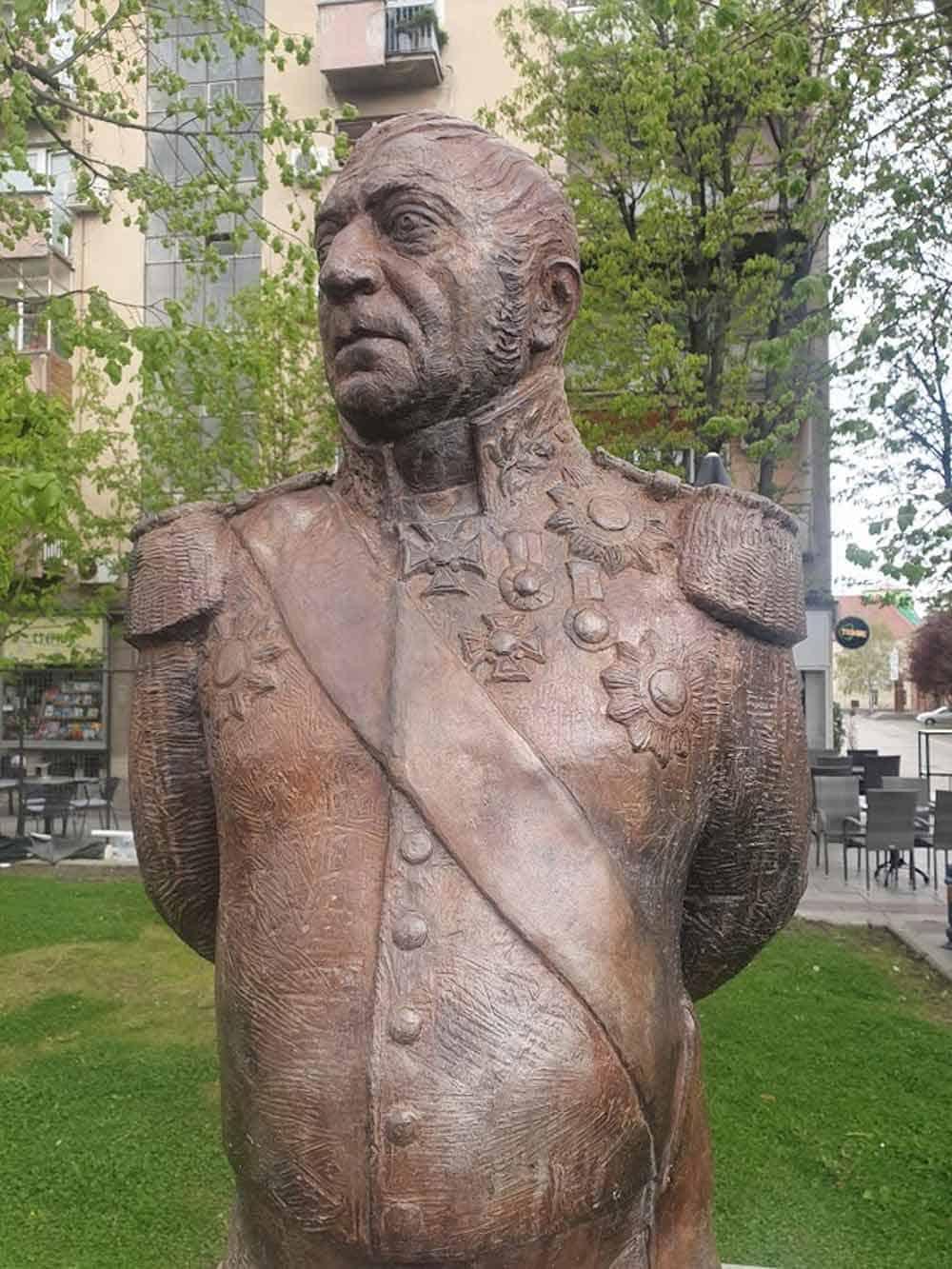 RUSKI PARK: Bista generala Đorđa Aksentijevića