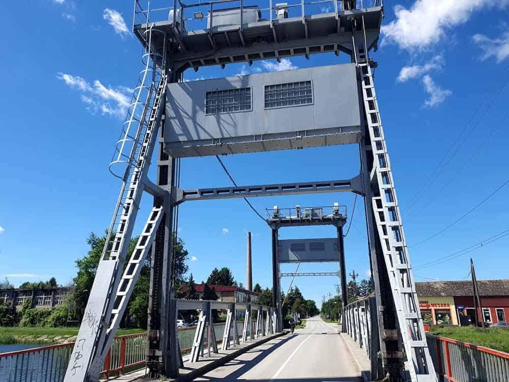 JEDINSTVENA TEHNOLOGIJA: Most na Velikom bačkom kanalu u Kuli