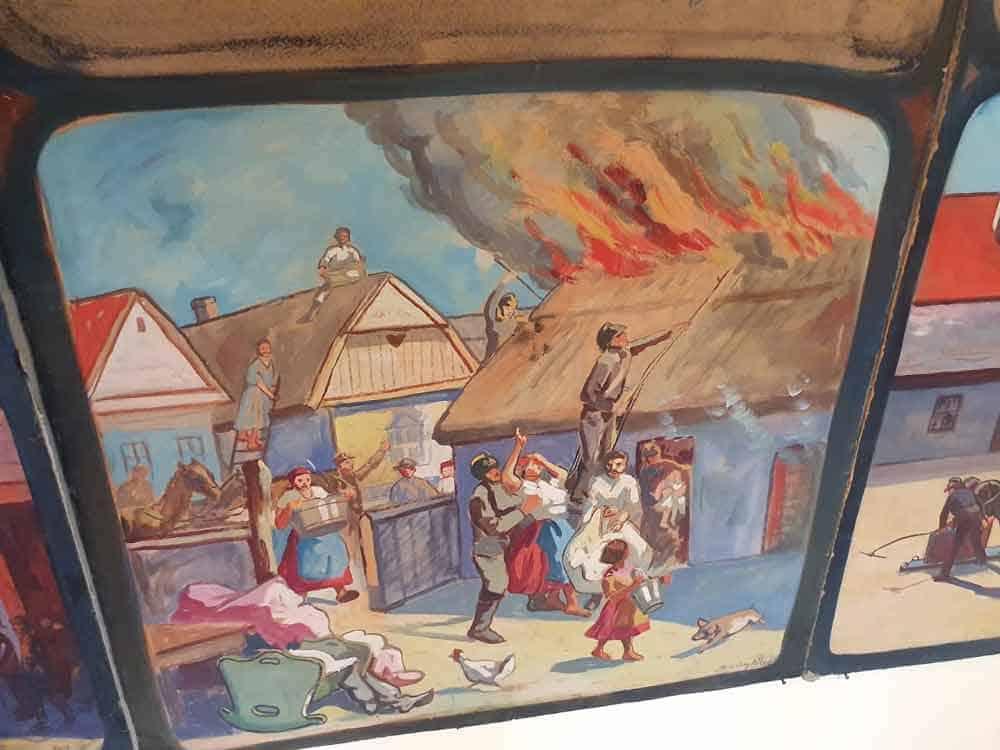 GAŠENJE POŽARA: Jedna od slika u Muzeju Bačke Topole