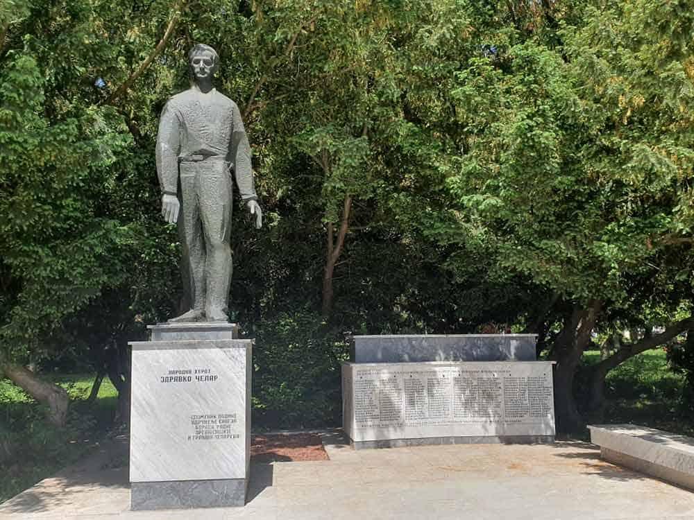 PARTIZANSKA PROŠLOST: Spomenik Zdravku Čelaru