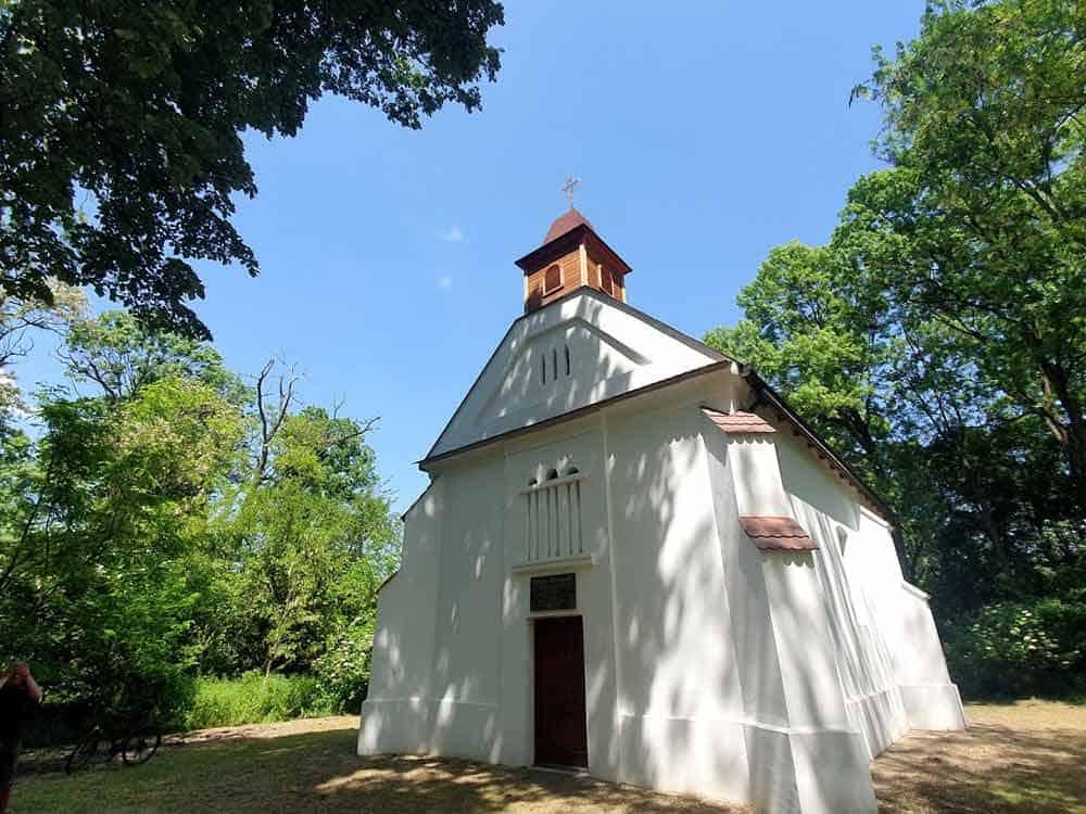 U ŠUMI GUVNIŠTE: Kapela Sv. Antuna Pustinjaka