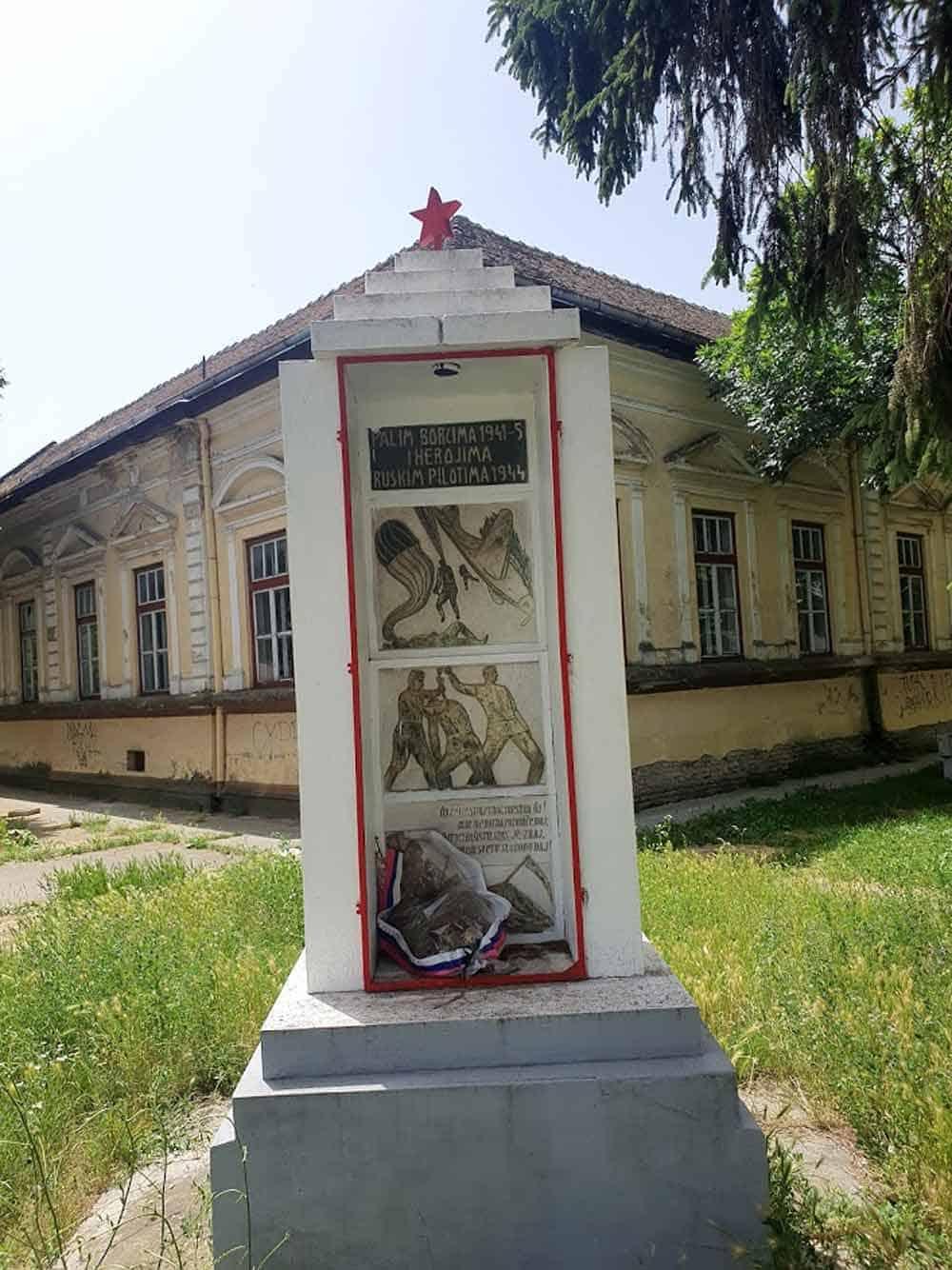 POČAST: Spomenik Sovjetskim pilotima u Sonti