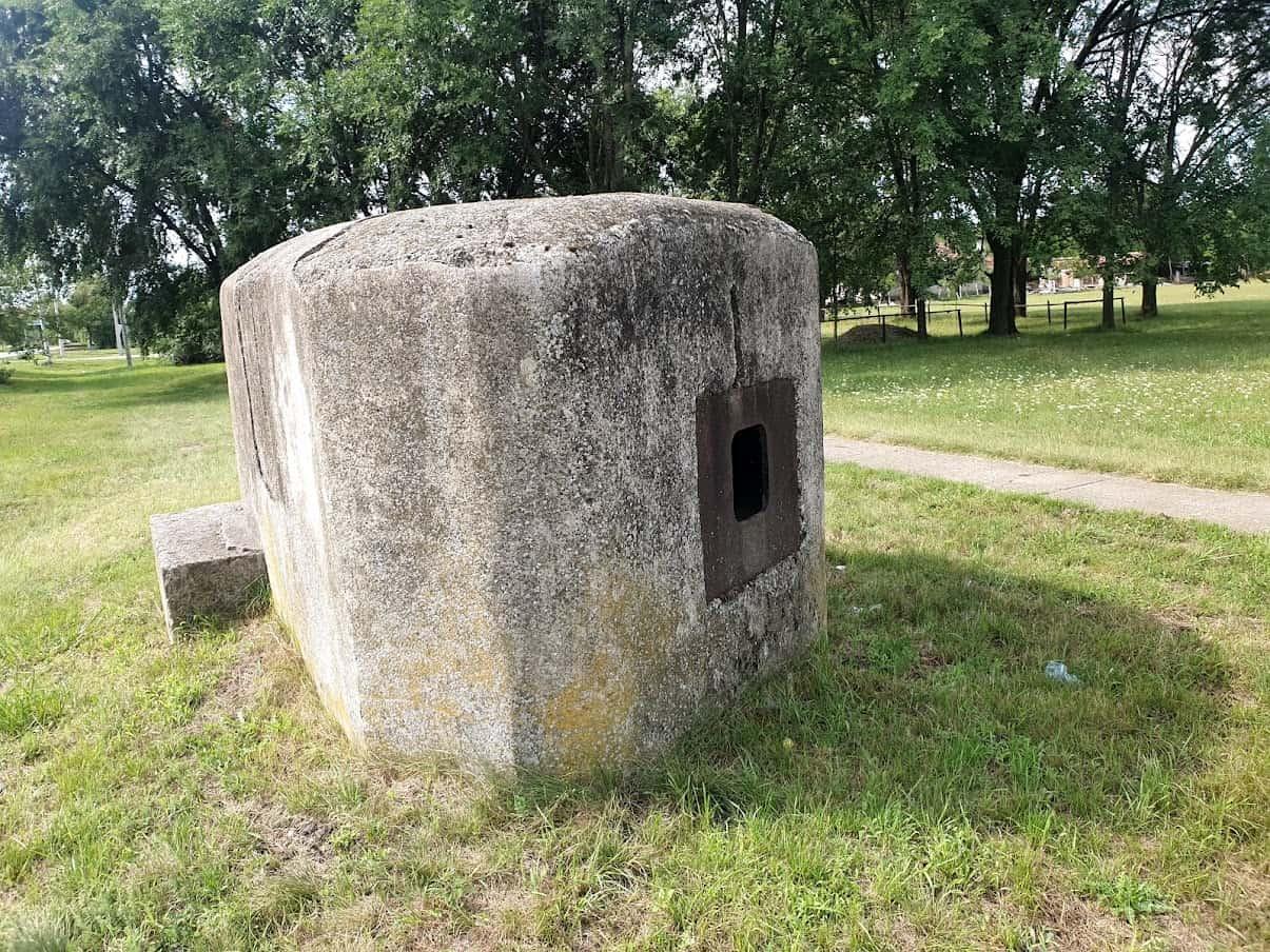TRAGOVI DRUGOG SVETSKOG RATA: Bunker u centru Srpske Crnje