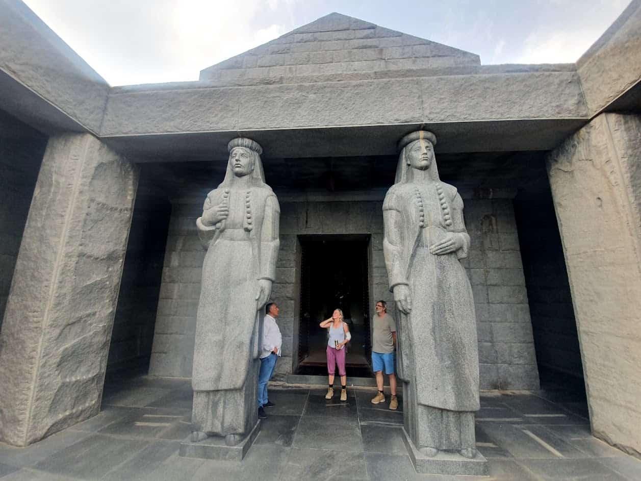 NACIONALNI PONOS I PREDMET SPORENJA: Njegošev mauzolej na Lovćenu