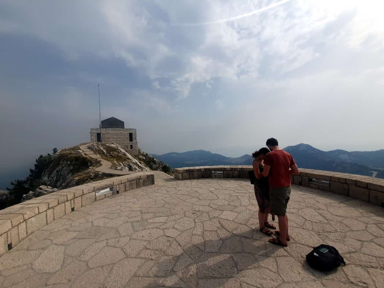 ITALIJAN I CETINJANKA: Prosidba na vrhu Lovćena
